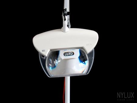Luxo-Magnifique-Magnifying-Lamp